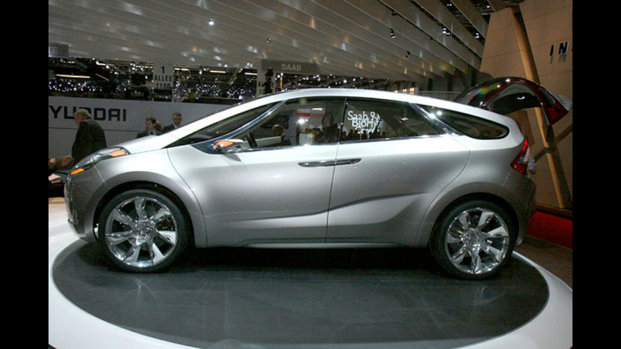 Hyundai feiert mit dem HED-5 i-Mode eine Weltpremiere. Der sechssitzige Zukunftsvan besteht aus modernen, umweltfreundlichen Werkstoffen