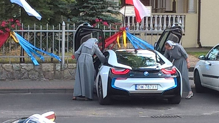 BMW i8 is God-approved as two Polish nuns are seen cruising