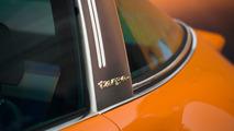 Singer imzalı Porsche 964 Targa