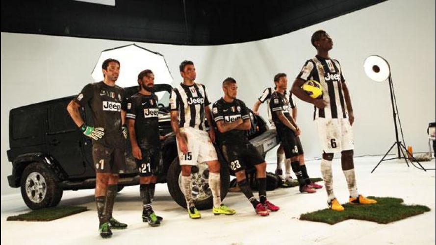 Jeep Wrangler 2013 sul set con 8 giocatori della Juventus