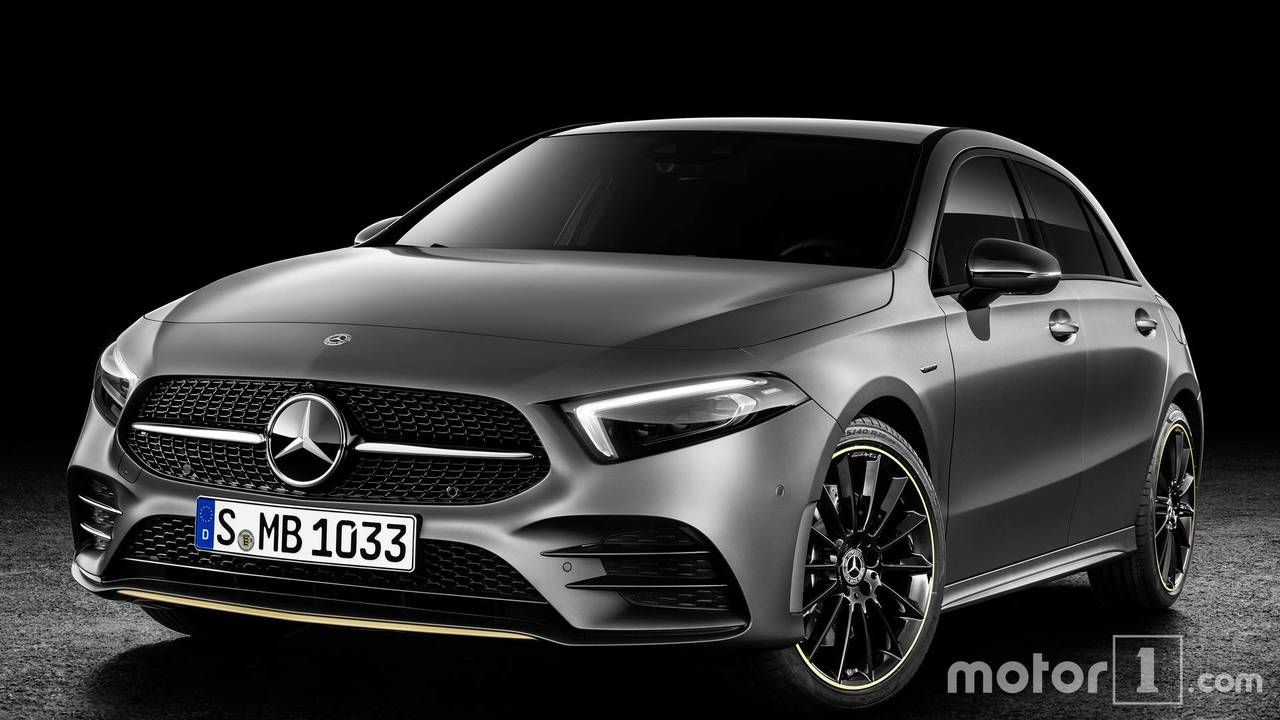 New Mercedes A-Class next to the old one