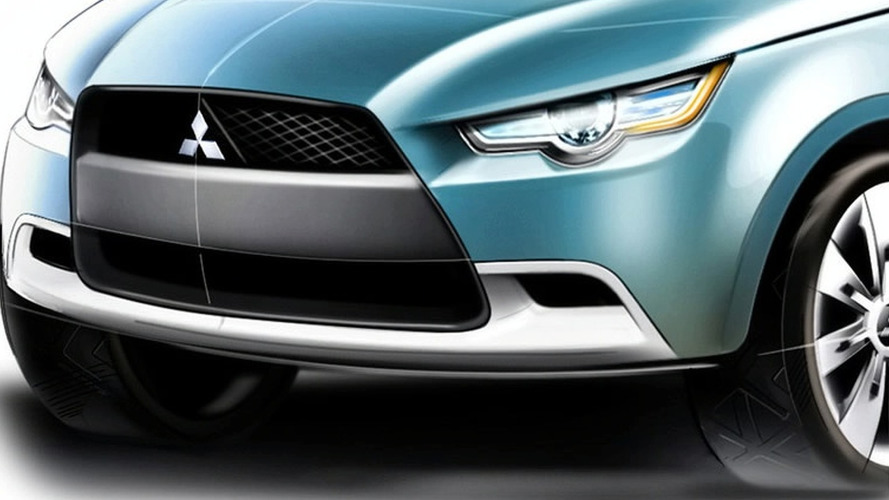 Mitsubishi to Unveil Plug-In Hybrid Crossover in Tokyo