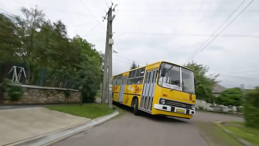Bu çılgın otobüs ile Goodwood'un hiçbir bağı yok