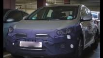 Flagra! Novo i30 terá câmbio de 7 marchas, dupla embreagem e motor 1.0 turbo