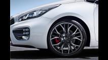 Vazou: Novo Kia Cee'd GT (cinco portas)