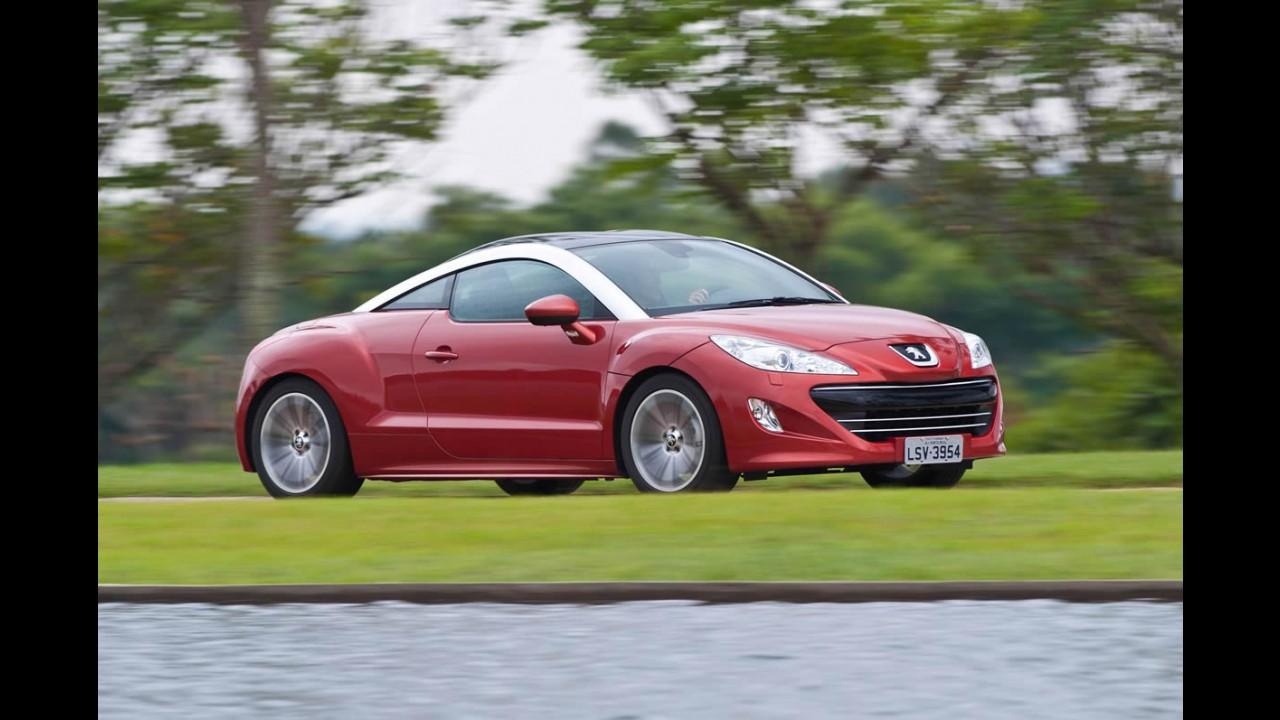 Sem aumento do IPI, Peugeot reduz o preço do cupê RCZ em R$ 10 mil
