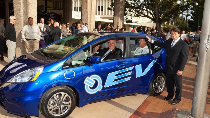 2013 Honda Fit EV deliveries begin in Torrance