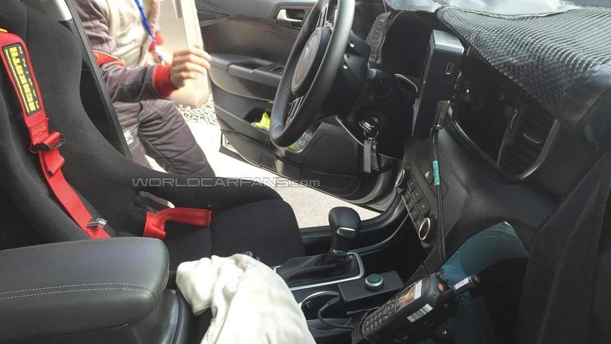 Fourth generation Kia Sportage interior cabin spied