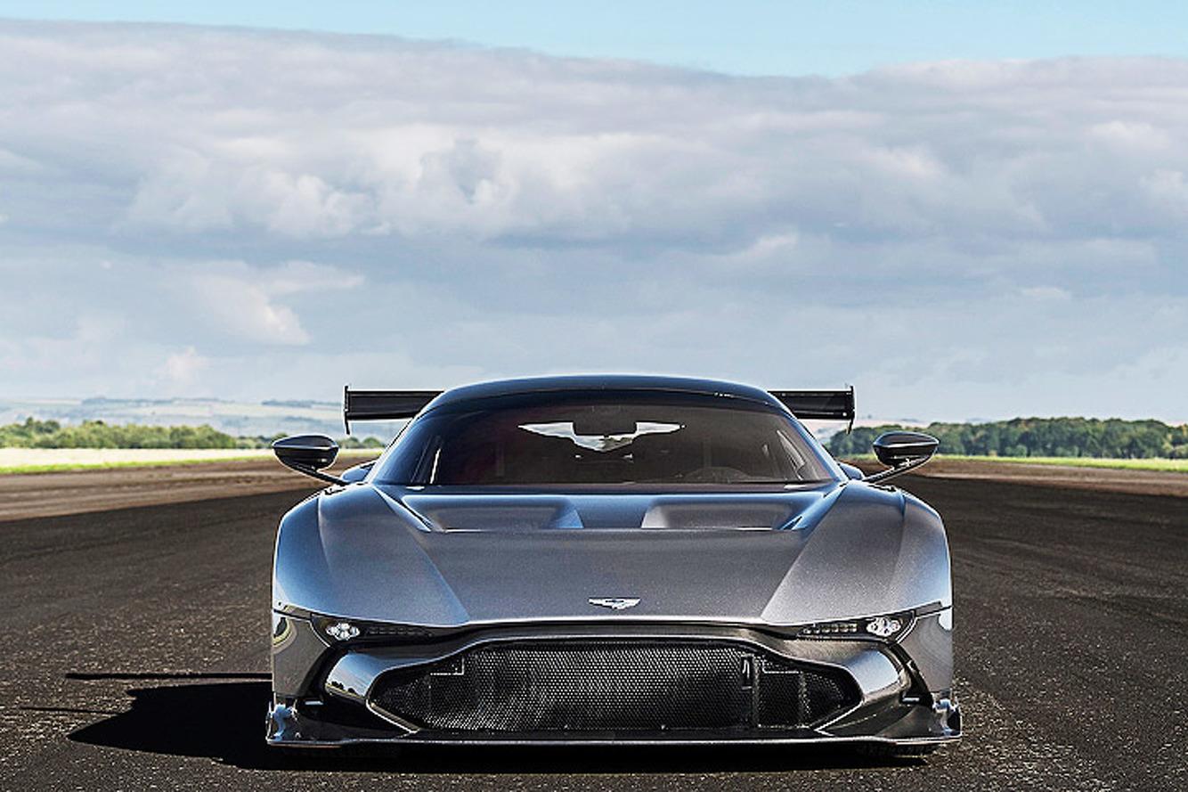 Aston Martin Vulcan Supercar Meets Arvo Vulcan Bomber
