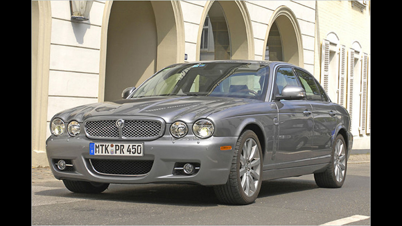 Jaguar XJ (2003)