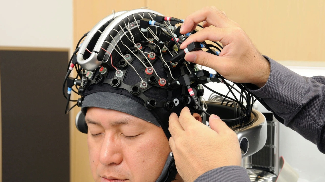 Honda Develops Brain-Machine Interface Technology