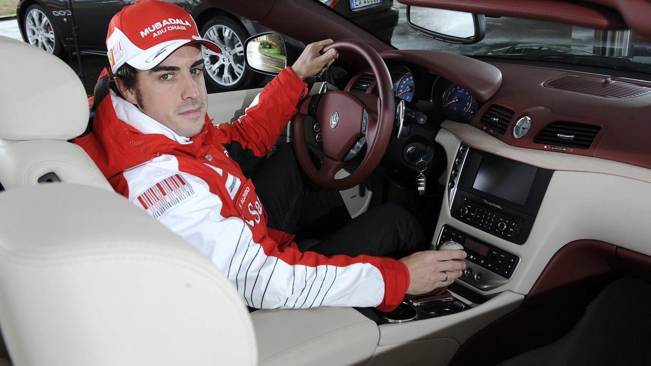 Fernando Alonso takes delivery of 2011 Maserati GranCabrio 18.03.2010