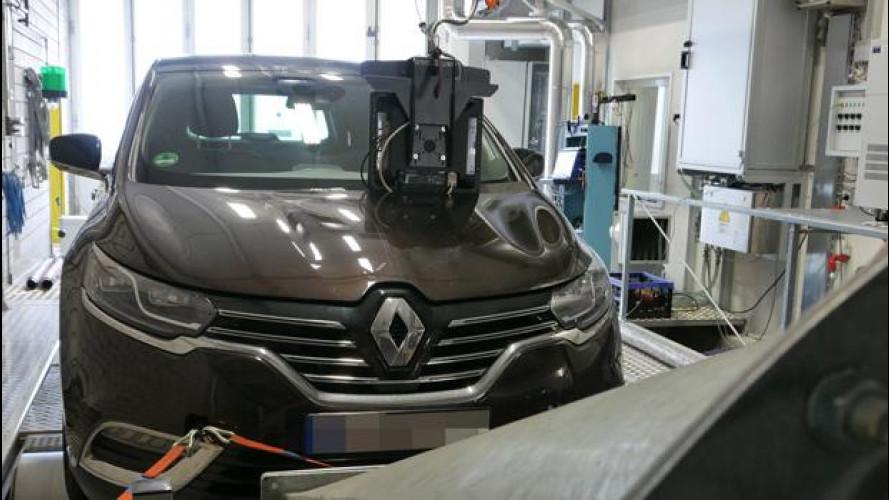 Renault, replica in 3 punti alle accuse sulle emissioni della Espace