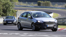 Ford Focus ST spy photo