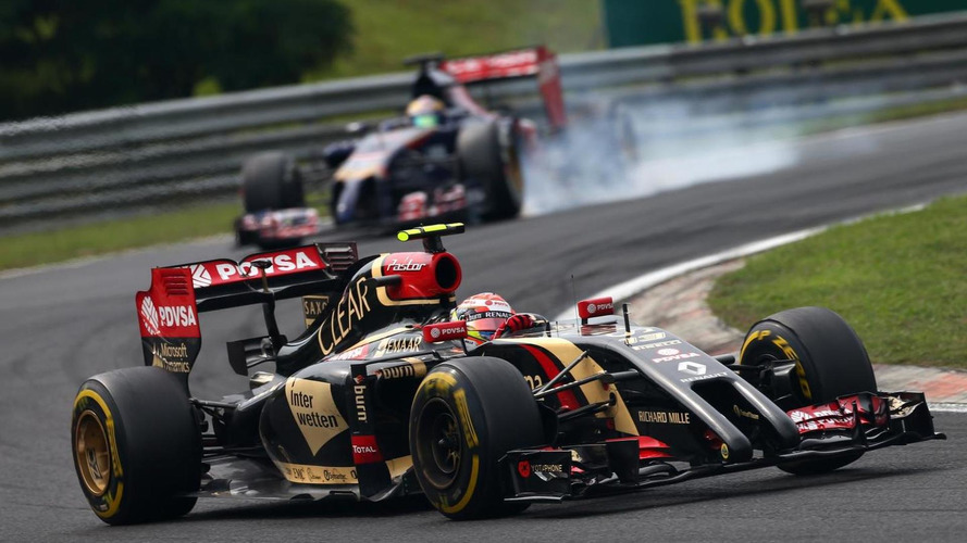 Lotus to drop 'tusk nose' for 2015