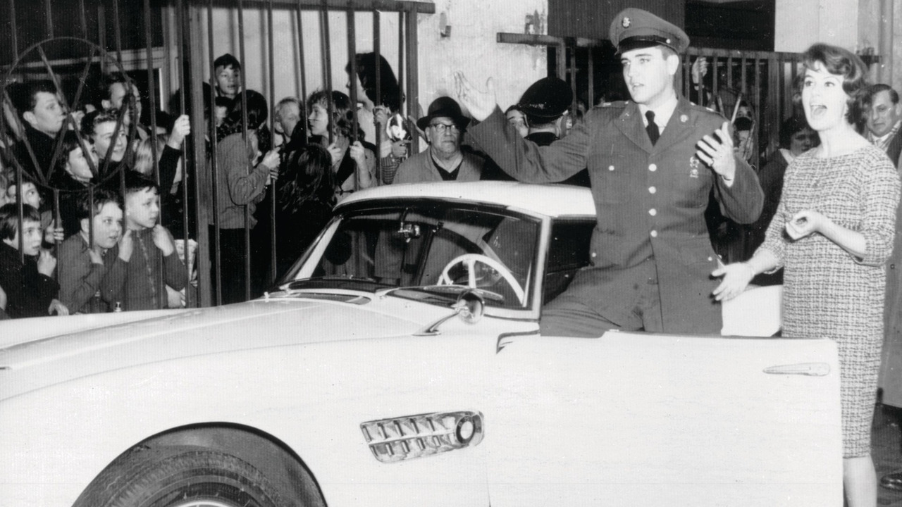 1957 BMW 507 Roadster and Elvis Presley