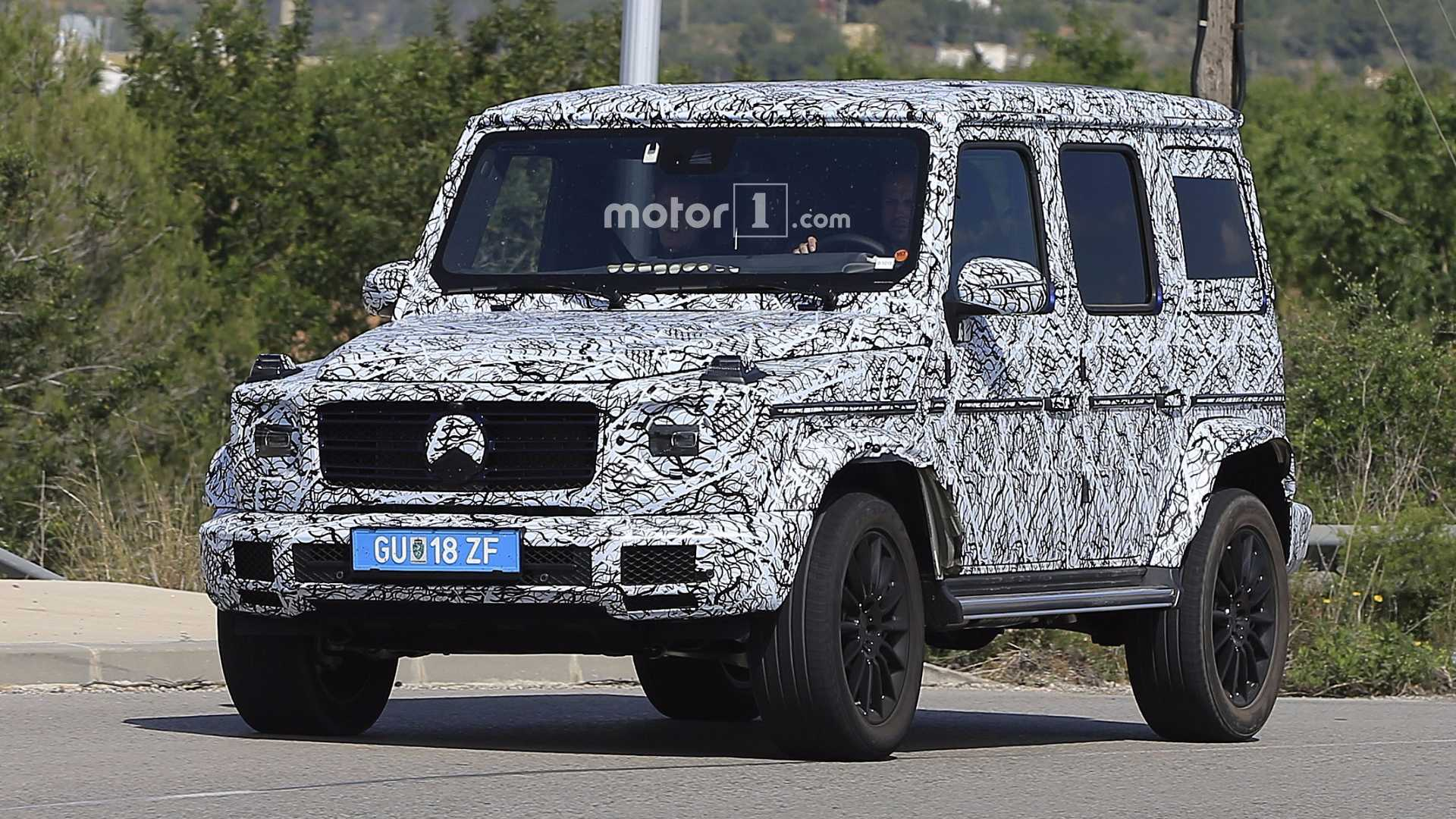 2018 mercedes g class spied looking a lot like its 1979. Black Bedroom Furniture Sets. Home Design Ideas