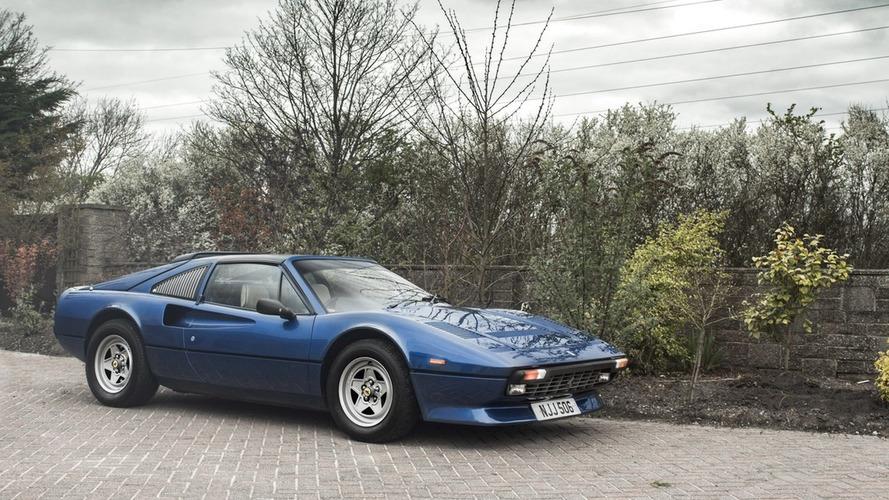 Ferrari 308 GTS QV, V12 motoruyla satılığa çıktı
