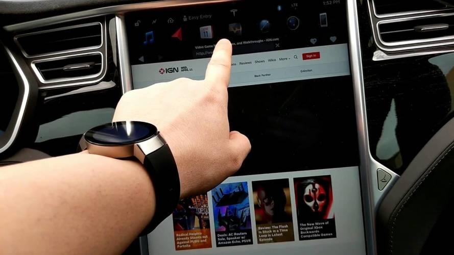 Une partie des fonctionnalités d'internet sera bientôt facturée à bord des Tesla