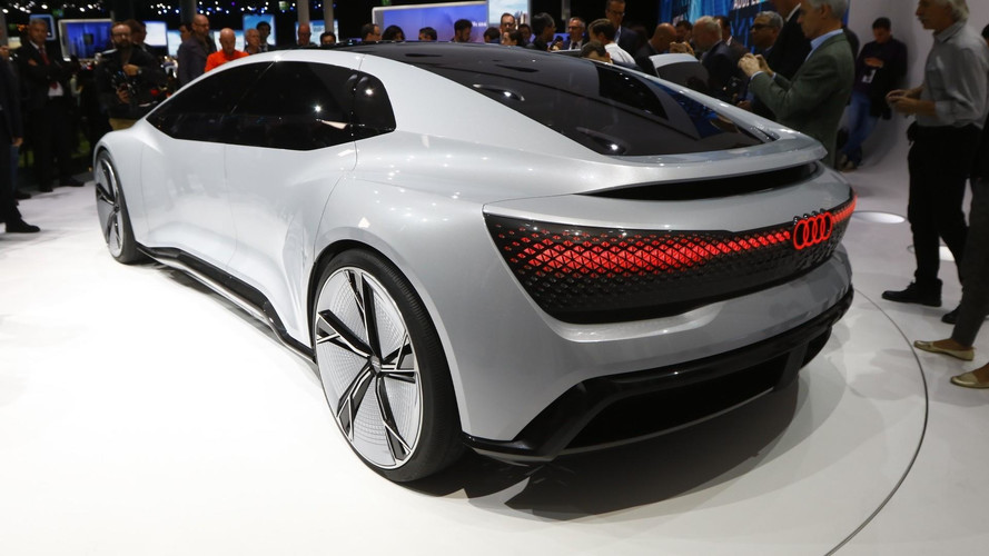 VIDÉO - L'Audi Aicon annonce le futur de la marque à Francfort