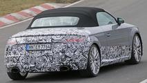 2017 Audi TT RS spy photo