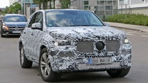 2019 Mercedes GLE spy photos