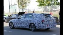 2017 Mercedes E-Class İç Mekanı İlk Kez Görüntülendi
