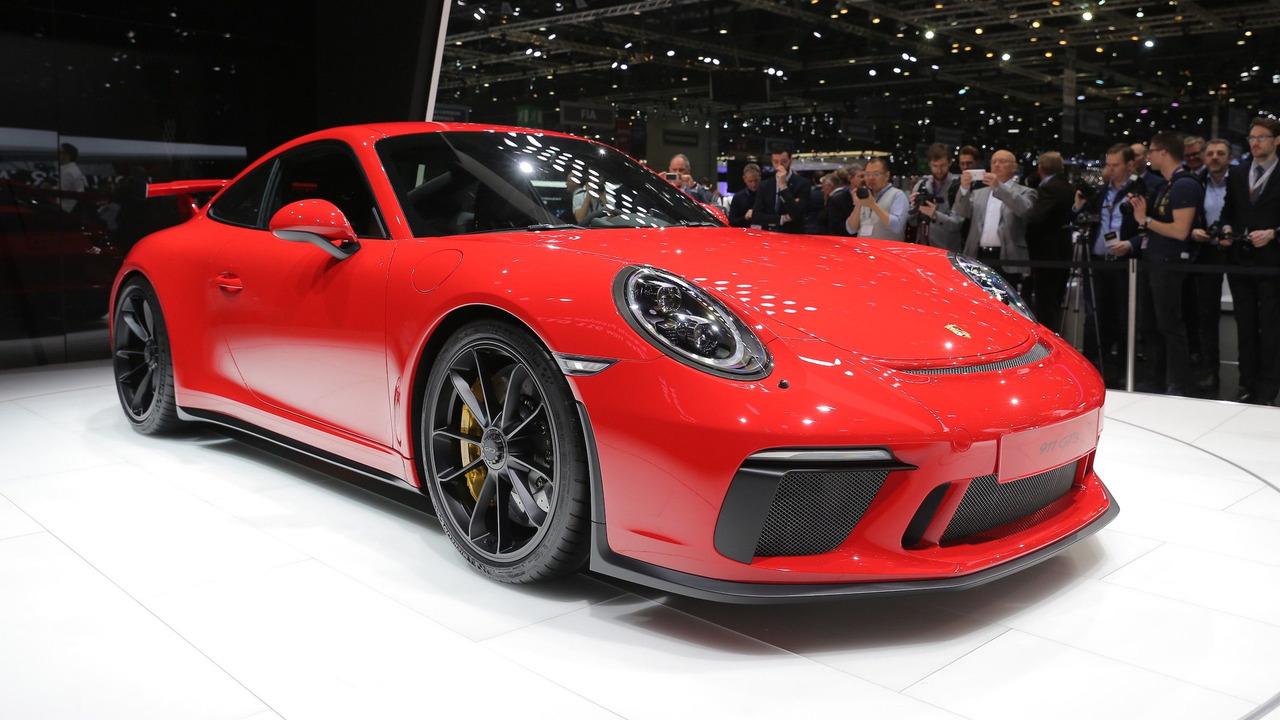 2018 porsche 911 gt3 gets 500 hp 4 0 liter engine six speed manual. Black Bedroom Furniture Sets. Home Design Ideas