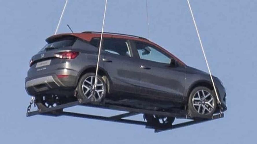 SUV do Ibiza e primo do T-Cross, Seat Arona é flagrado