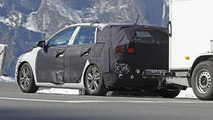 2017 Hyundai i30 / Elantra GT spy photo