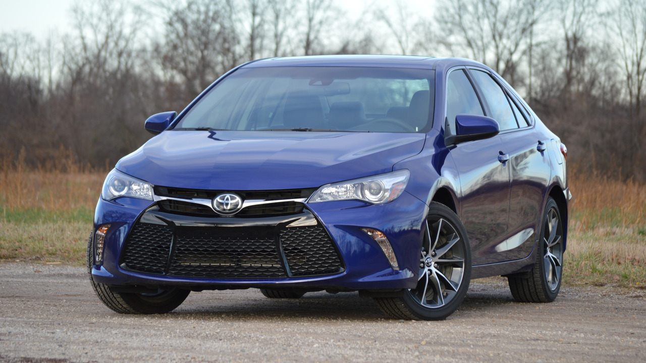 tested 2016 toyota camry xse. Black Bedroom Furniture Sets. Home Design Ideas
