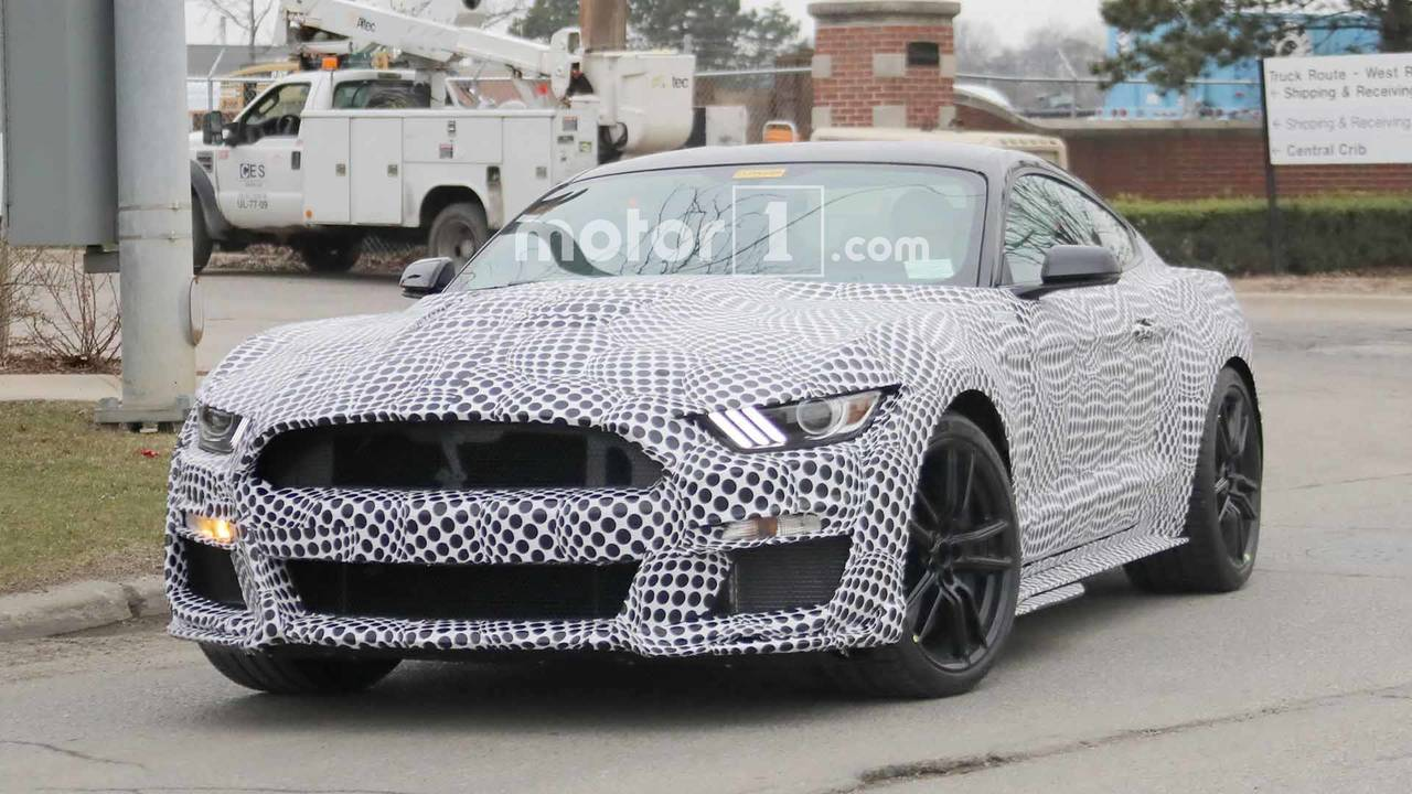 2019 Ford Mustang Gt500 Spy Shots Photo