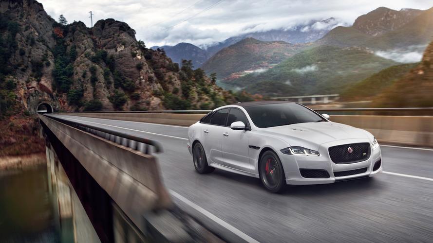 A Jaguar harcba szállna a Mercedes-AMG GT-vel