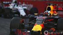 Daniel Ricciardo e Stroll no GP do Azerbaijão