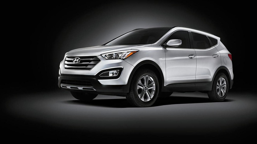 Hyundai Santa Fe and Santa Fe Sport get steering and suspension tweaks for 2015MY