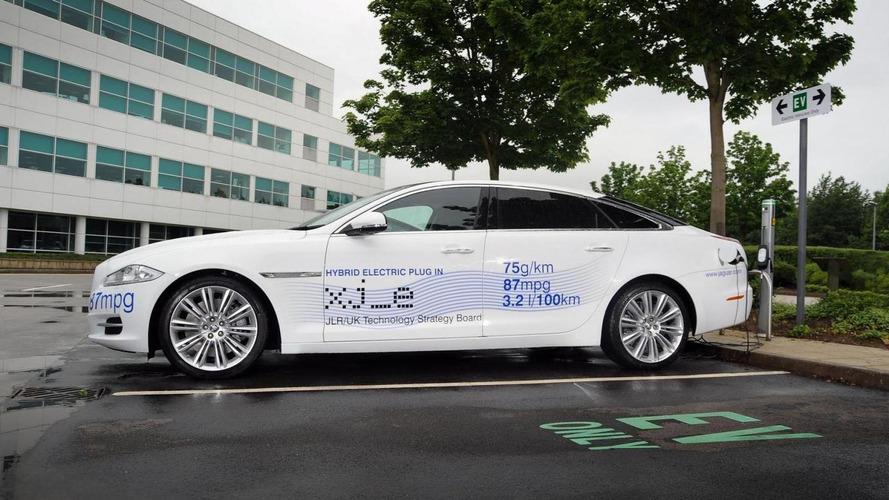 Jaguar XJ_e plug-in hybrid to be showcased at CENEX 2012