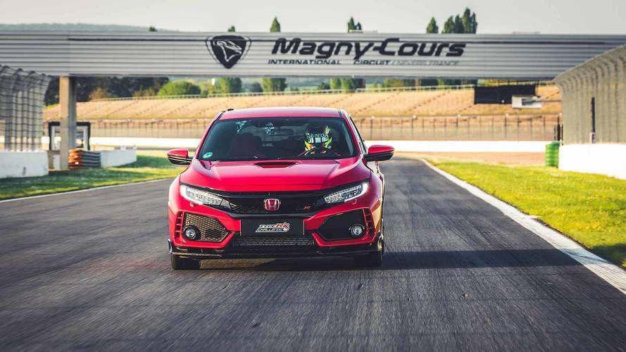 Honda Civic Type R, Magny-Cours pistinin en hızlı FWD aracı oldu