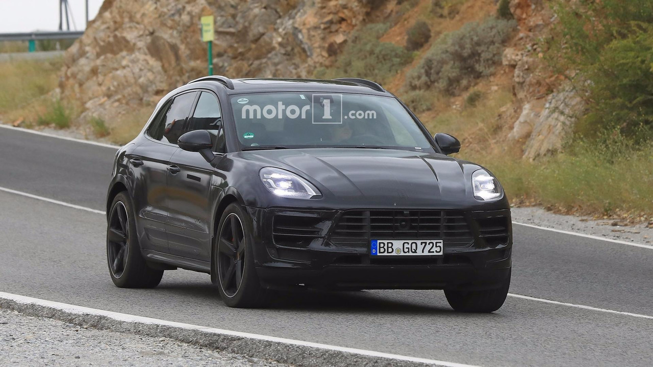 2018 porsche macan facelift. Beautiful 2018 2018 Porsche Macan Facelift Spy Photo On Porsche Macan