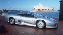 Jaguar XJ220 25 years