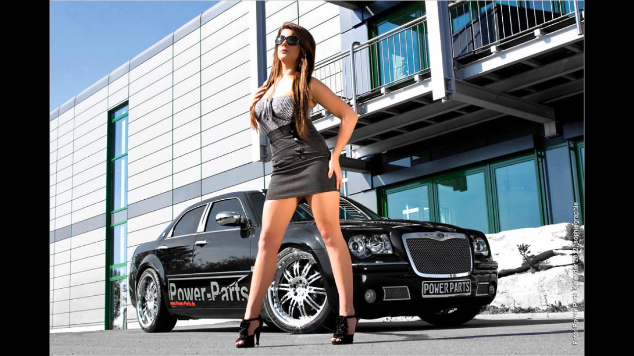 Sina und Chrysler 300C Hemi
