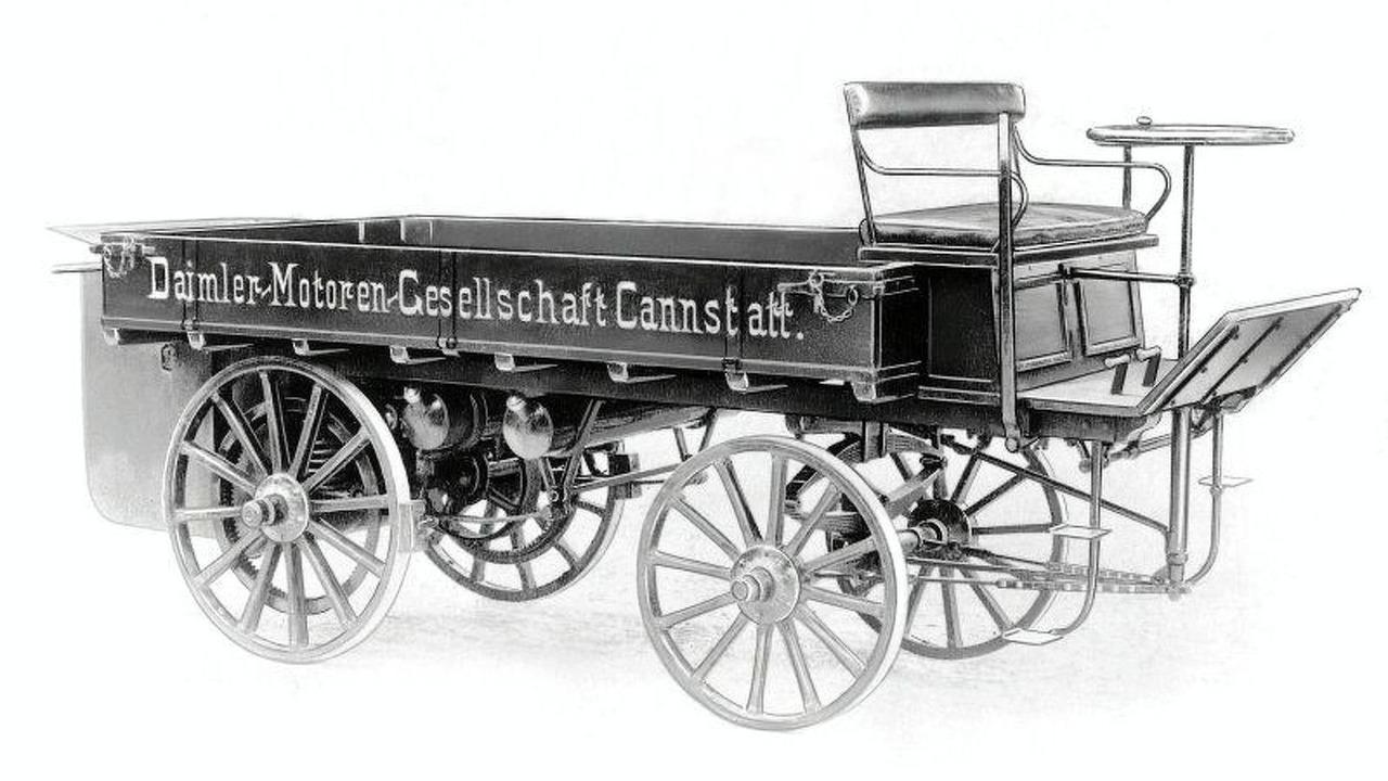 Worlds first truck - Daimler-Motoren-Gesellschaft