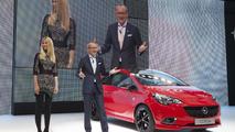 Opel / Vauxhall Corsa live in Paris