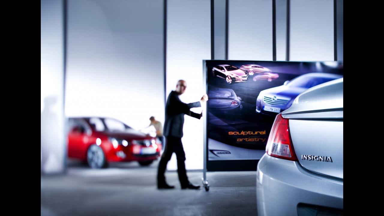 Nuova Opel Astra: primo teaser
