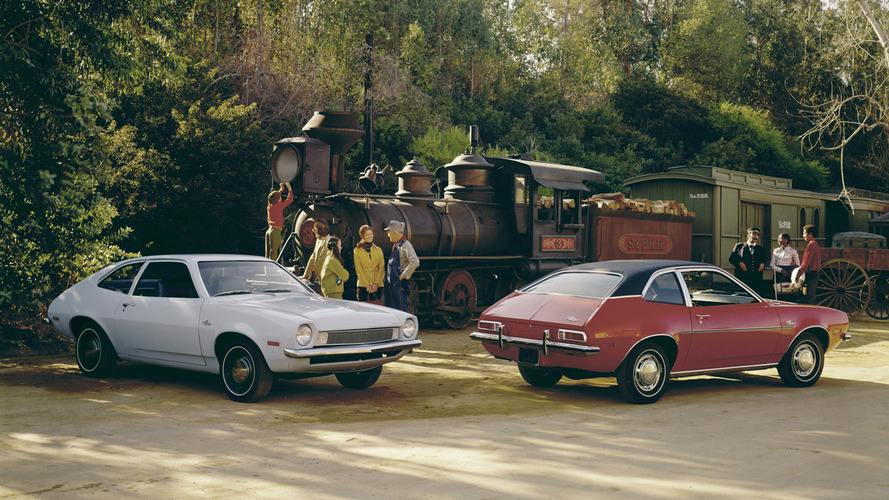 Sortie de route - La Ford Pinto et son réservoir explosif