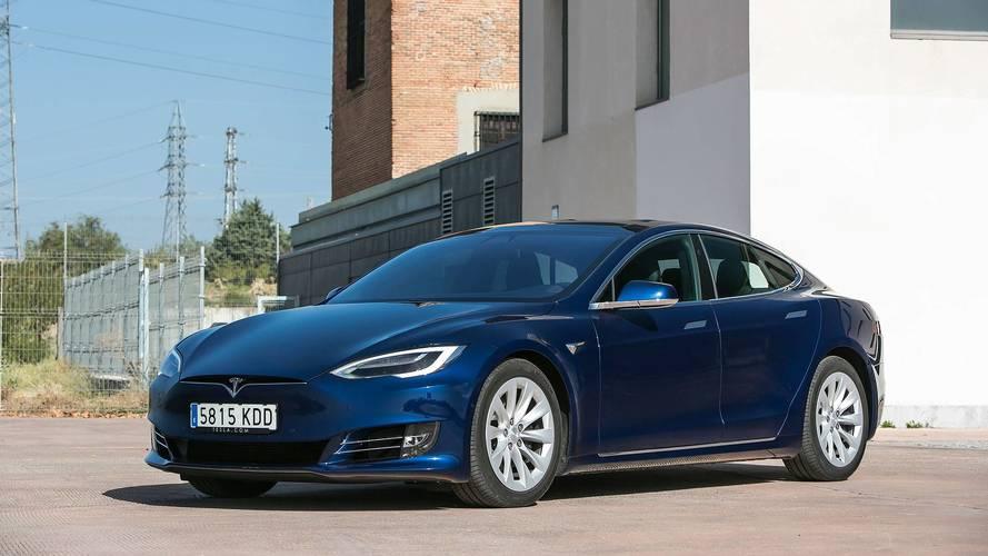 Továbbra is a Tesla-tulajdonosok a legelégedettebb autósok Amerikában