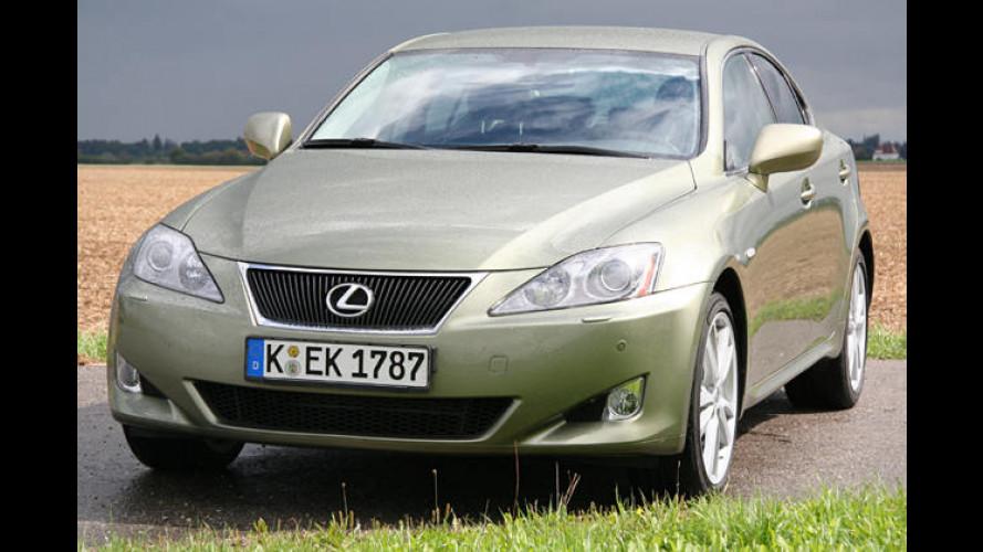 Schickes Fell: Der Lexus IS 220d auf Deutschlandtour-Test