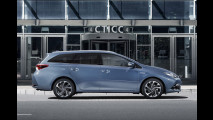 Toyota Auris Touring Sports Hybrid restyling
