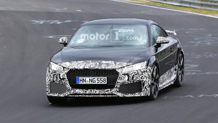Audi TT RS facelift spy photos