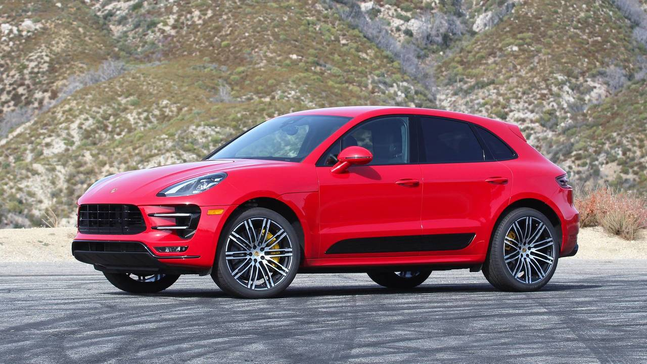 2018 porsche macan turbo review sports car on stilts. Black Bedroom Furniture Sets. Home Design Ideas
