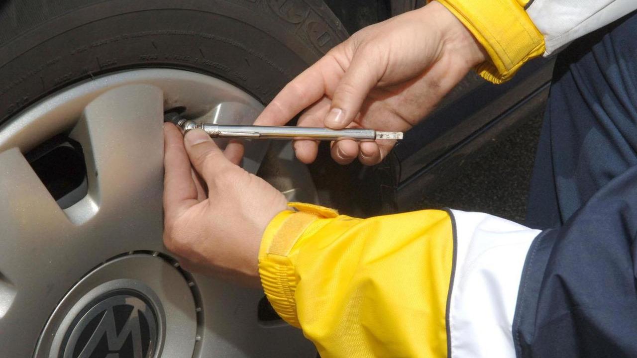 Goodyear tire - 8.12.2011